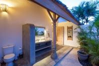 Villa rental Seminyak, Bali, #1732